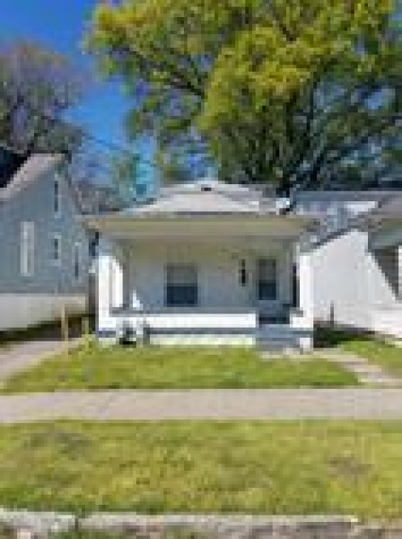 421 M. Street, Louisville, Kentucky 40208, 3 Bedrooms Bedrooms, ,2 BathroomsBathrooms,Apartment,For Rent,M. Street,1077